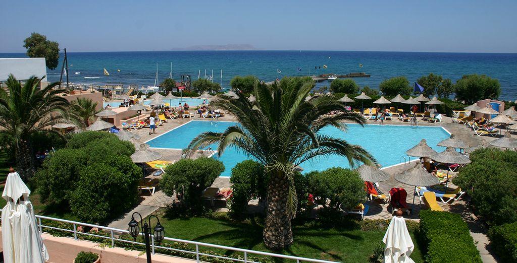 La piscine offrira une vue imprenable sur la Méditerranée