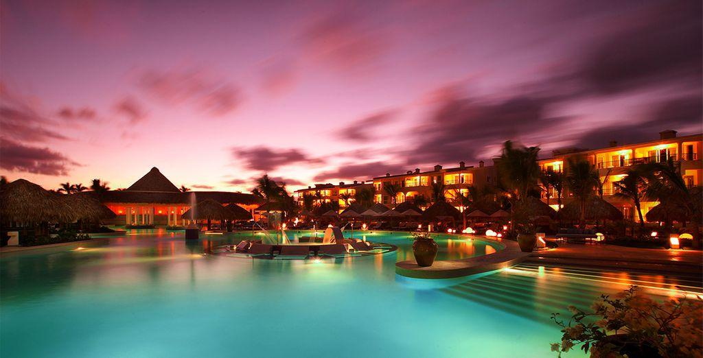 Pourquoi ne pas terminer votre journée par un plongeon dans le piscine de l'hôtel ?