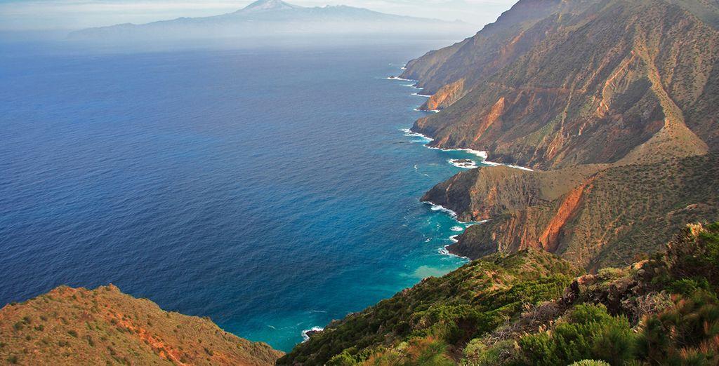 Et n'oubliez pas de découvrir les incroyables paysages de l'île !