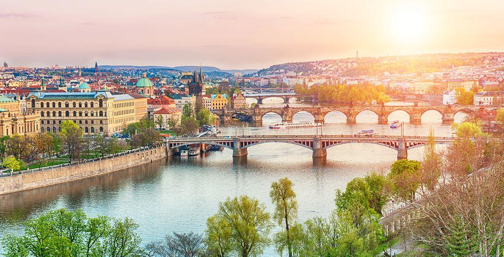 Rejoignez l'ambiance romantique de Prague...