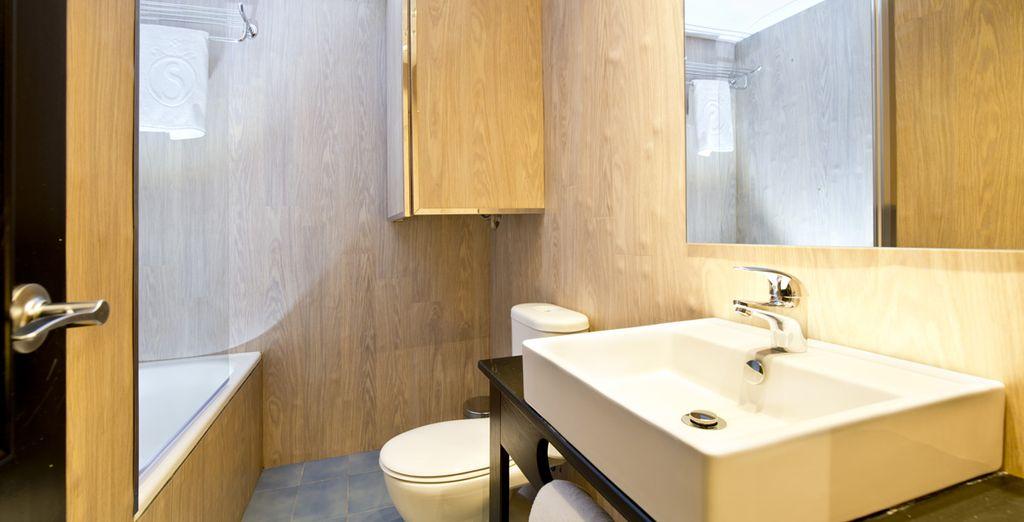 Rafraîchissez-vous dans votre salle de bain privative