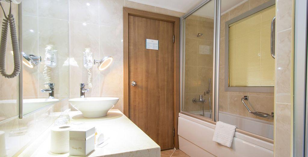 Jusque dans la salle de bain...