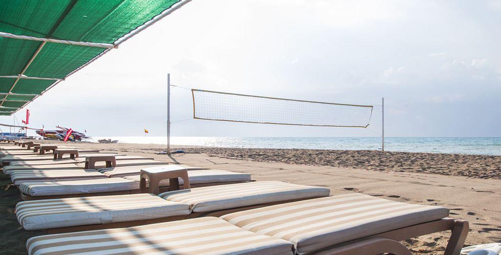 Pour contempler l'horizon dégagé qui se profile lors de votre prochain séjour. Bonnes vacances et surtout... Profitez-en !