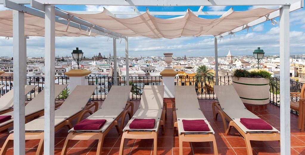 N'hésitez plus et venez vous imprégner de la magie de Séville dans cet hôtel mystère