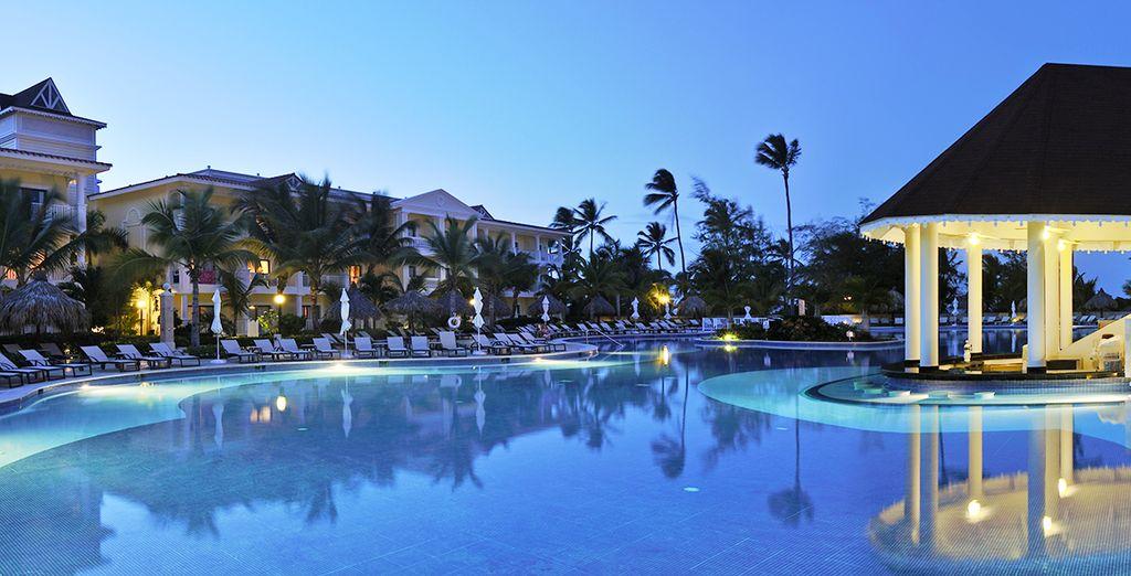 De jour comme de nuit, il flottera un air de paradis sur vos vacances !