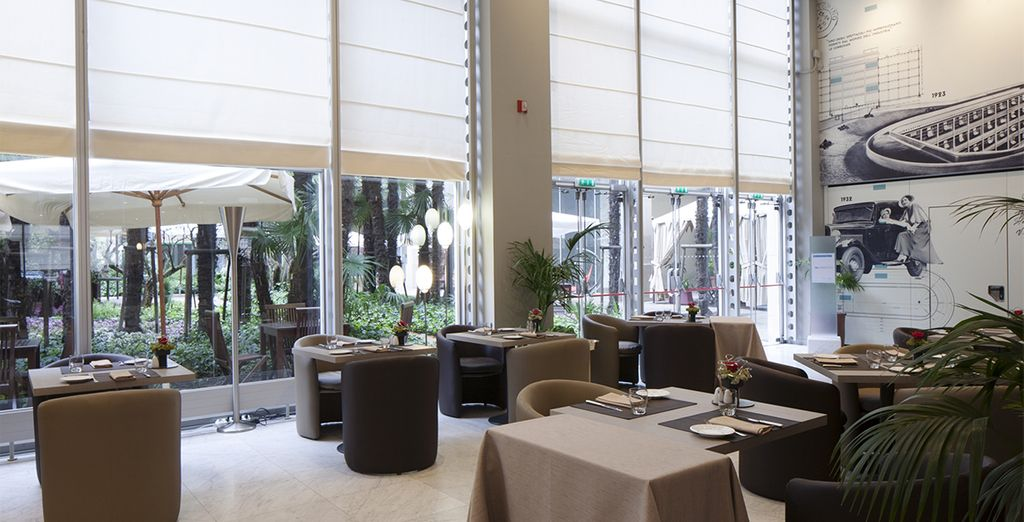 Et pourquoi ne pas craquer pour un instant gourmand au restaurant de l'hôtel: le Torpedo?