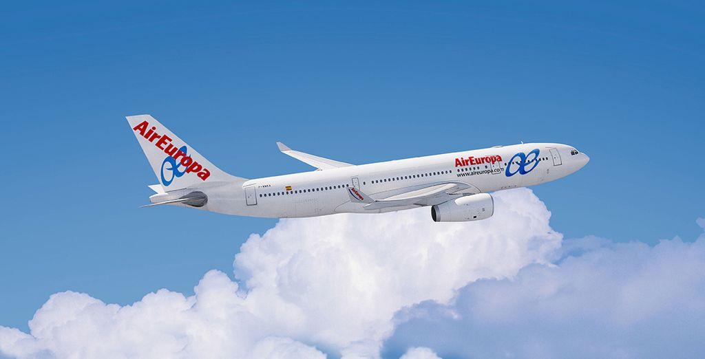 Pour rejoindre cette terre de rêve, optez pour Air Europa pour un confort de vol de chaque instant...