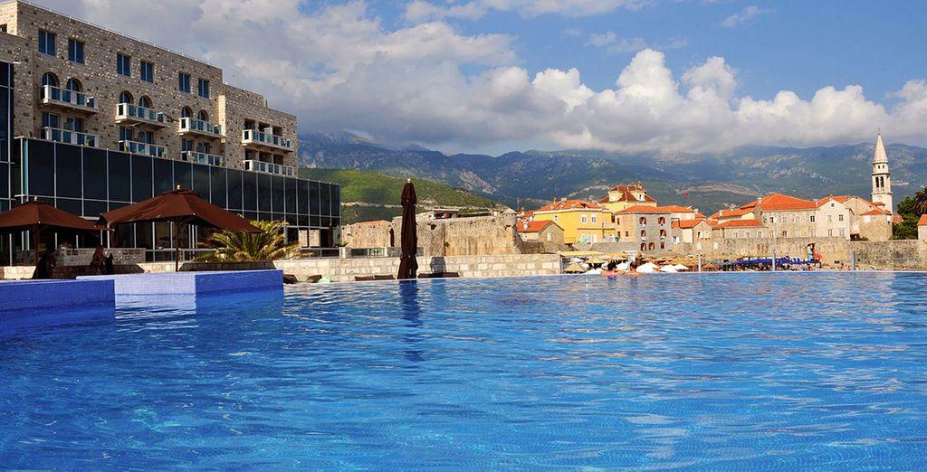 L'hôtel Avala Resort vous accueille dans un cadre somptueux