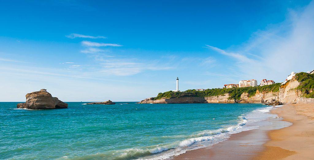 Et foulez le sable fin de la plage... Excellent séjour !