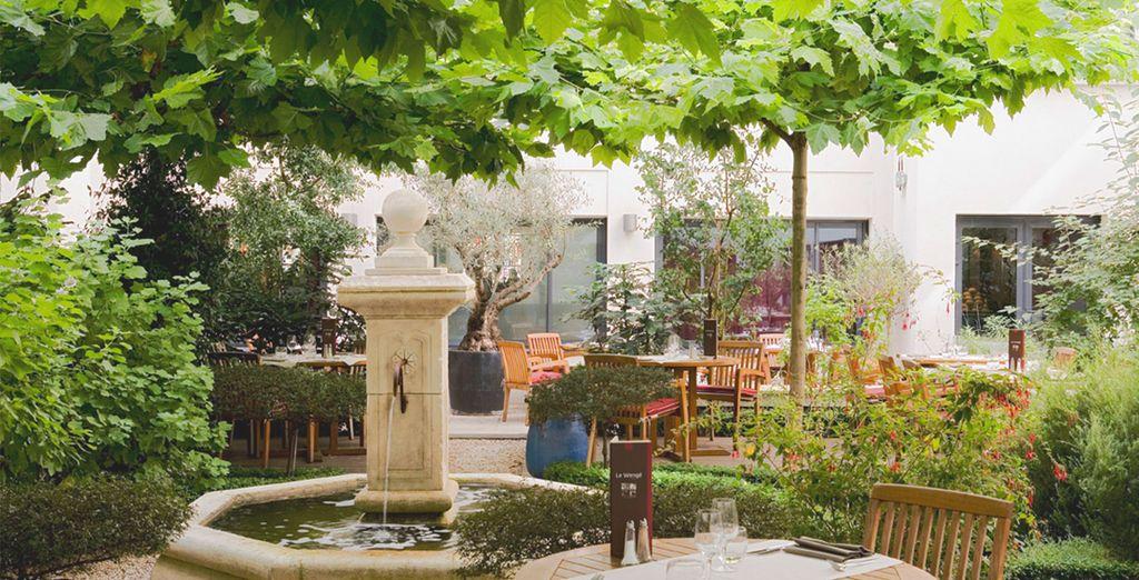 En intérieur ou dans un charmant patio