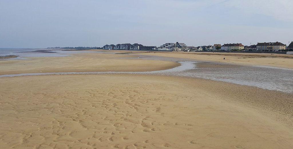 Où les plages sont témoins d'un passé mouvementé