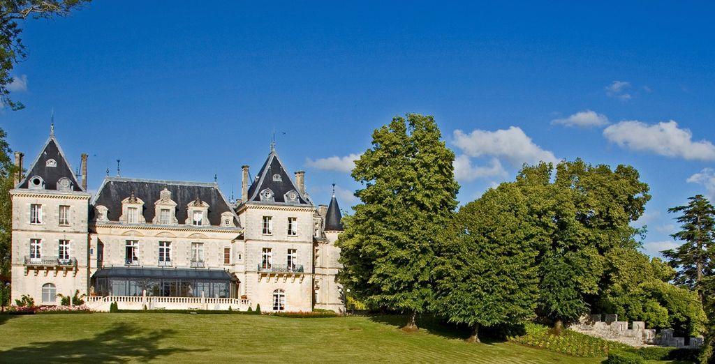 Situé dans le calme de la campagne, entre Bordeaux et Cognac...