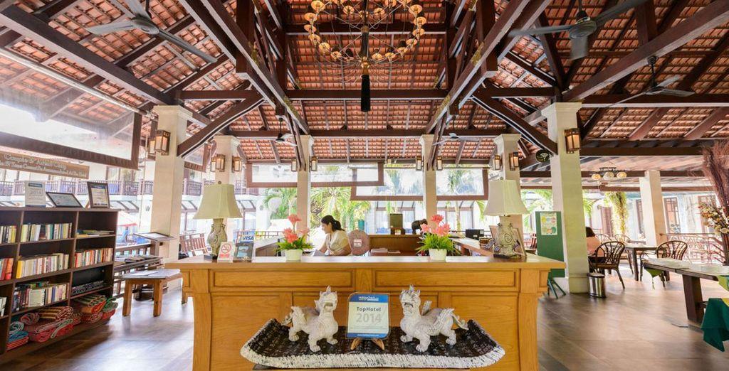 Du Khaolak Oriental Resort 4*, à l'architecture thaï et aux prestations modernes
