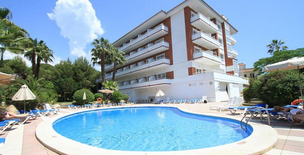 Passez un merveilleux séjour dans votre hotel Gran Garbi Mar 4* !