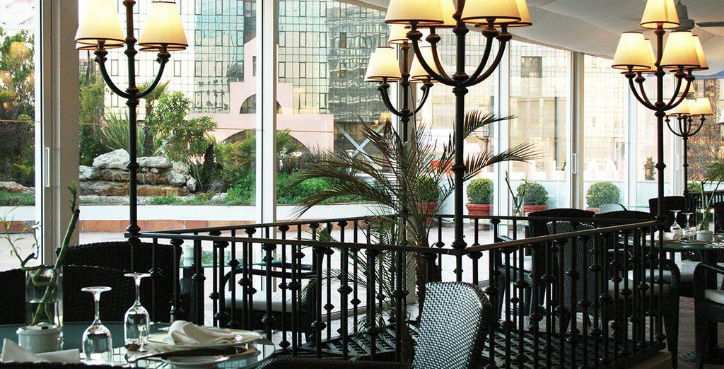 Commencez la journée en beauté sur la terrasse pour le petit-déjeuner...
