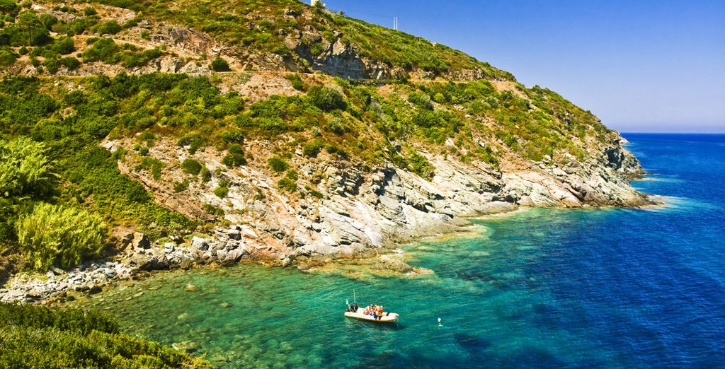 Évadez-vous dans Golfe de Valinco - Hôtel le Golfe Piscine & Spa Casanera 4* Serra Di Ferro