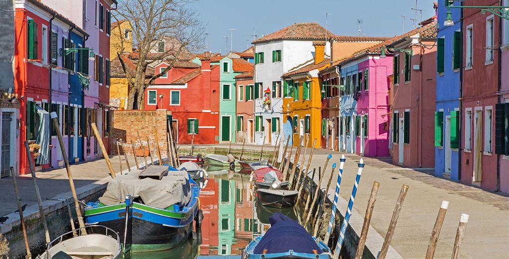 Ne manquez pas de découvrir les îles de Burano et Murano