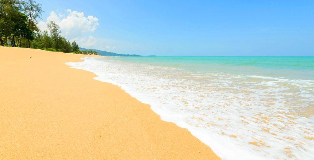Farniente sur le sable fin...
