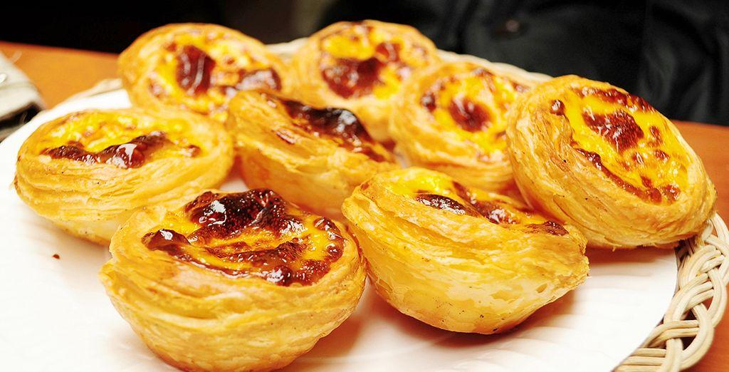 Dégustez les savoureuses spécialités locales comme les pasteis de nata