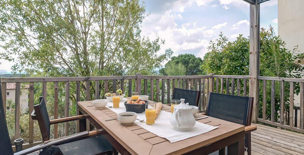 Et la terrasse pour profiter du soleil !
