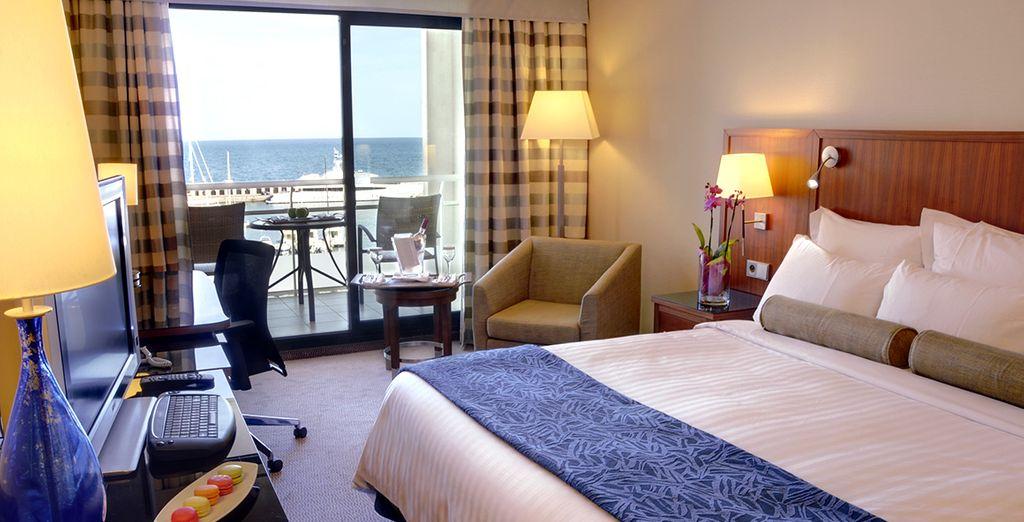 Prenez place dans votre chambre Deluxe avec vue sur la mer
