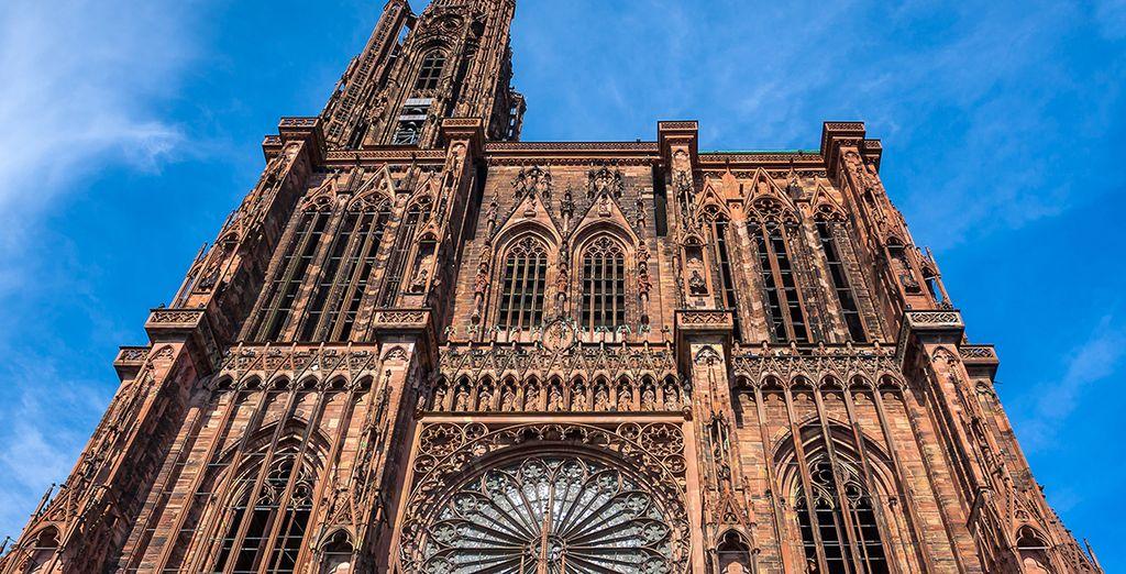 Découvrez l'impressionnante cathédrale de Notre Dame