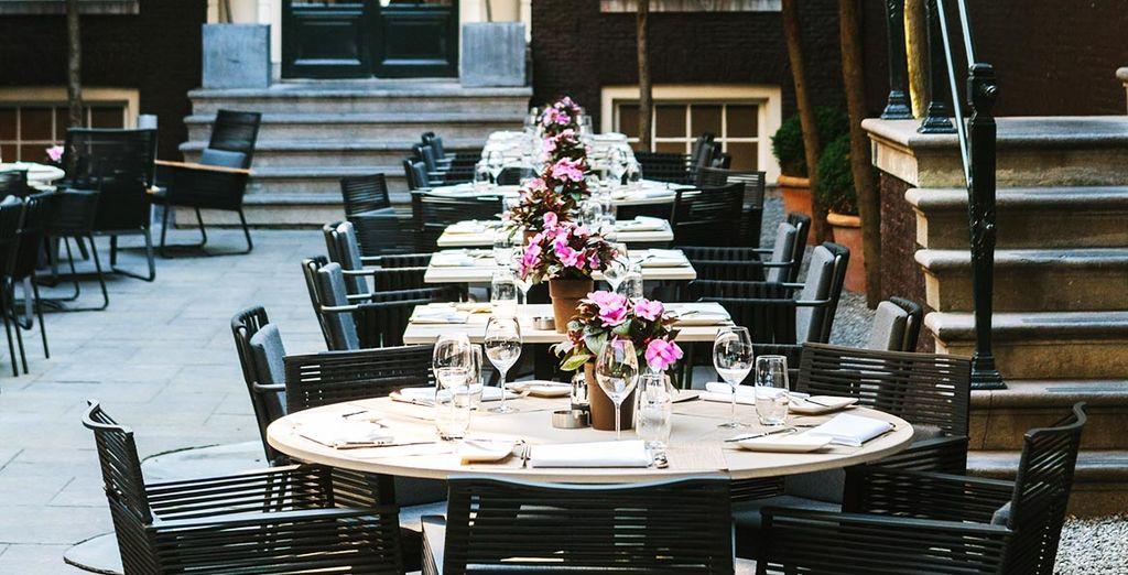 Si le temps le permet, un déjeuner en terrasse sera également possible