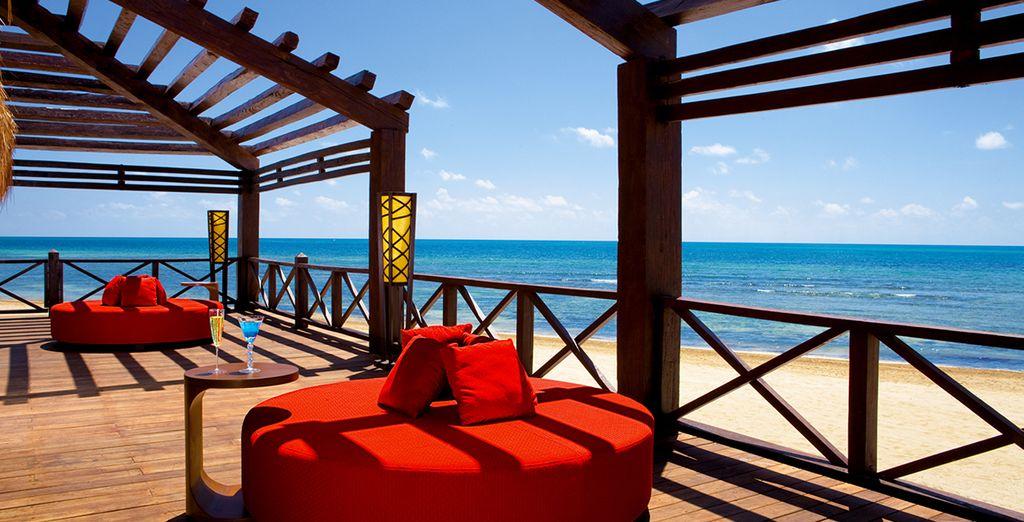 Le dépaysement commence en s'installant sur la terrasse - Secrets Silversands Riviera Cancun 5* Cancun