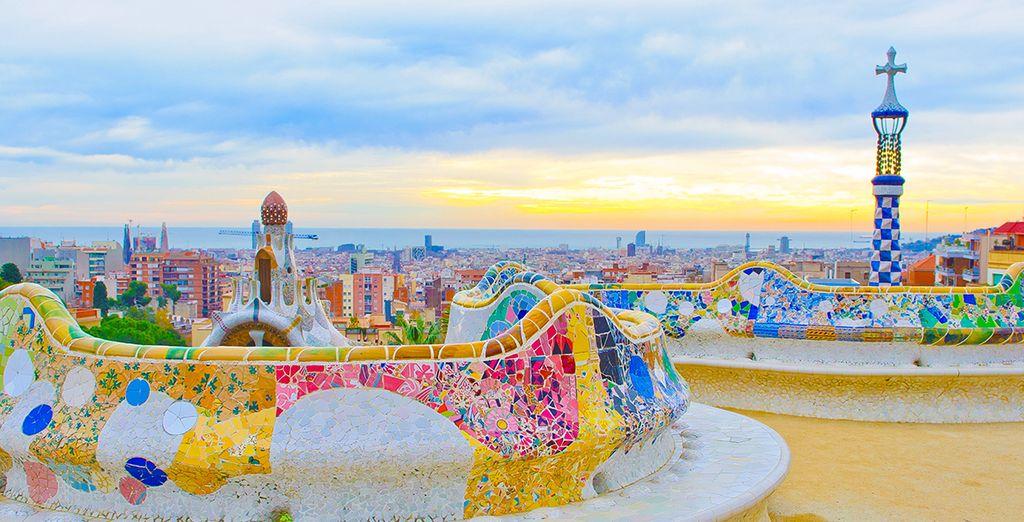 Puis partez à la découvertes des incontournables de Barcelone, comme le parc Guëll