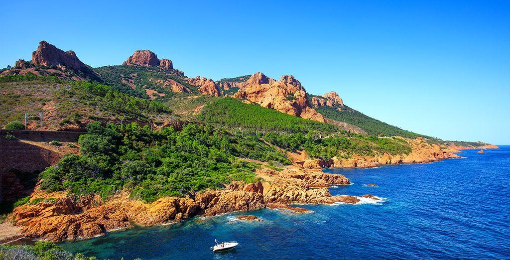 Vous reviendrez ravi de vos vacances au Cap Esterel !