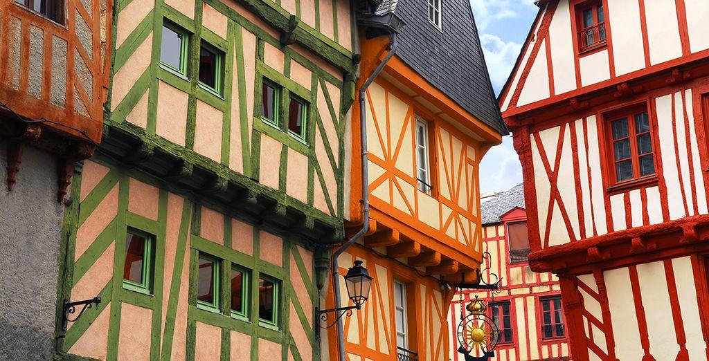 Architecture typique et colorée de la Bretagne