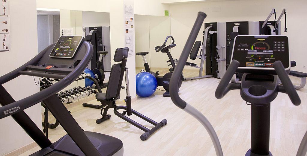 Gardez la forme dans la salle Fitness