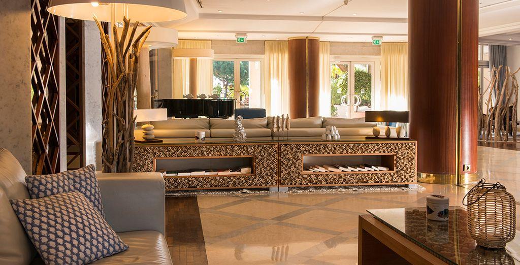 Posez vos valises à l'hôtel Holiday Inn Nice Port Saint-Laurent