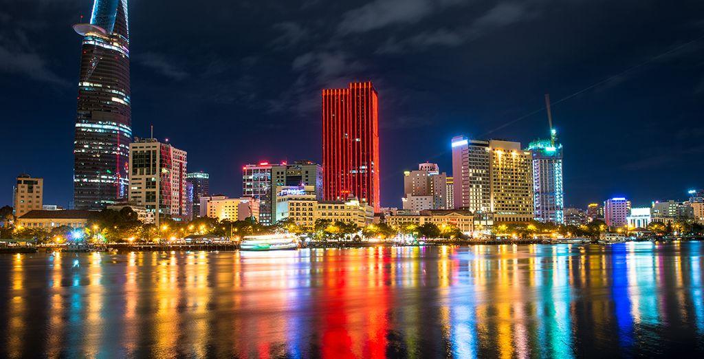 Et puisque le luxe n'a pas de limite, vous finirez ce circuit par la mythique ville D'Ho Chi Minh