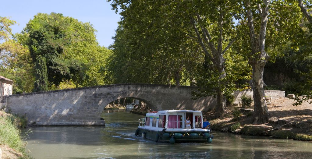 Laissez-vous porter par le Canal du Midi...