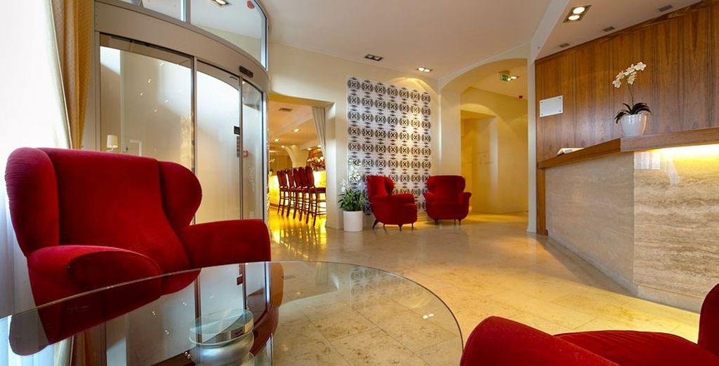 Pour votre séjour, posez vos valises en hôtel 4* comme l'Hôtel Opéra & Spa 4*