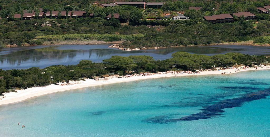 Ou préférez le côté mer et ses sublimes plages de sable blanc...