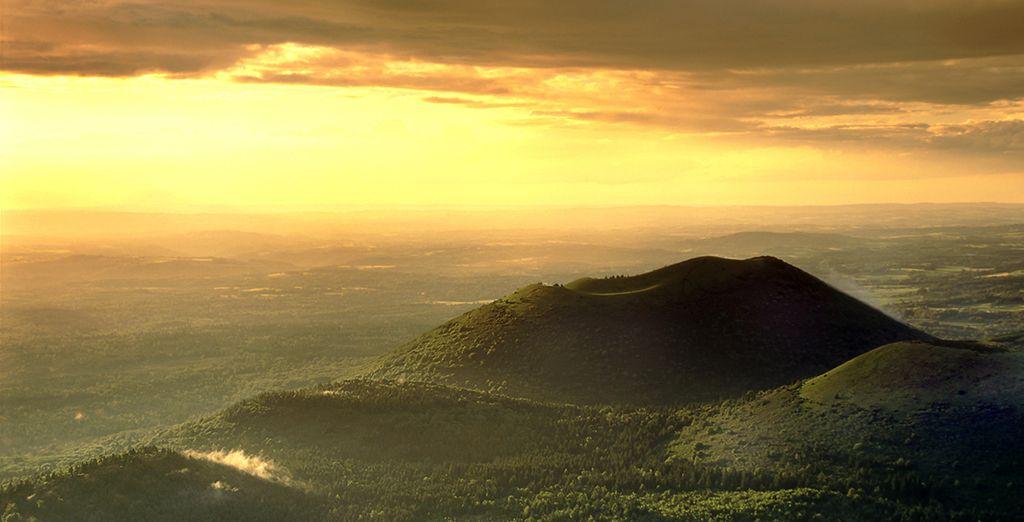 Photographie du sommet des volcans d'Auvergne