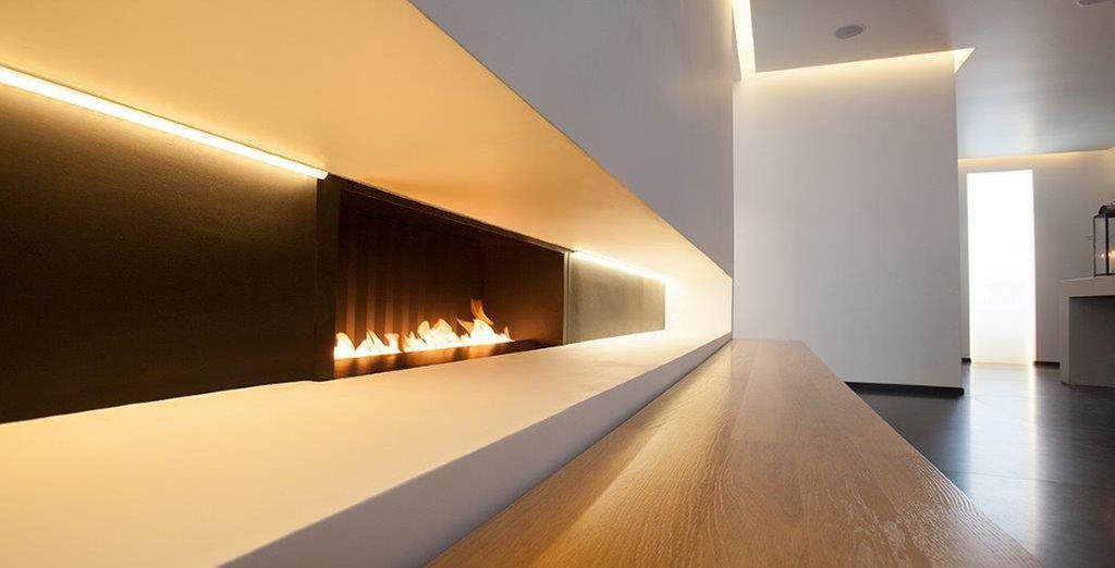 Vous découvrirez un hôtel de charme aux lignes architecturales audacieuses