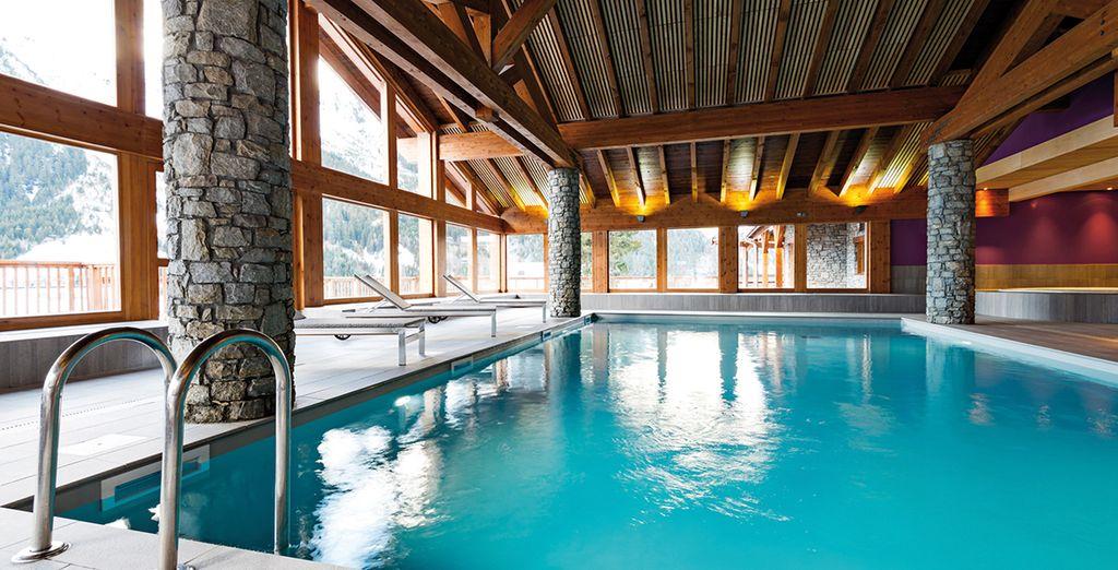 La piscine vous attend pour une détente maximale, un vrai bien-être