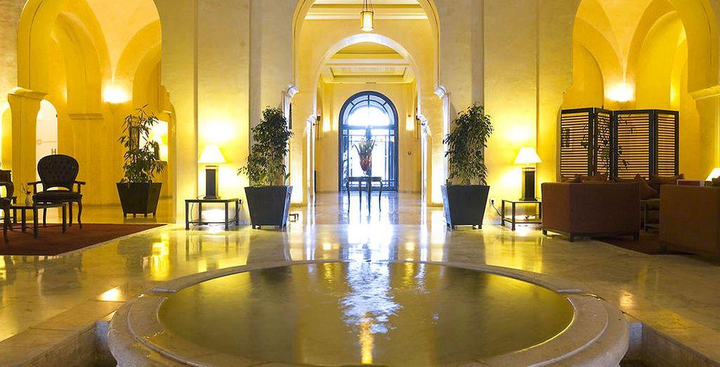 Un établissement où luxe, raffinement et décoration arabo-andalouse se mêlent