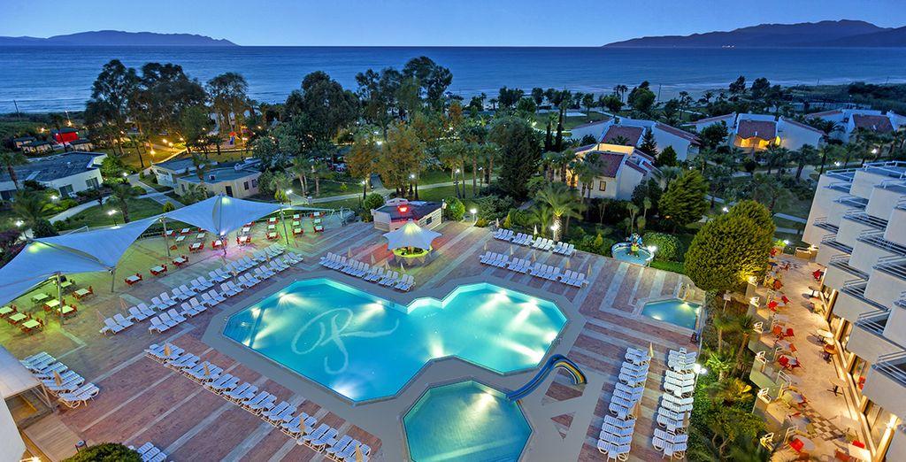 Que vous préfériez la piscine extérieure...