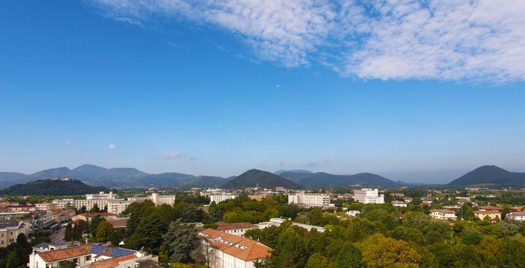 L'environnement de l'hôtel, au pied des monts Euganéens, est très privilégié
