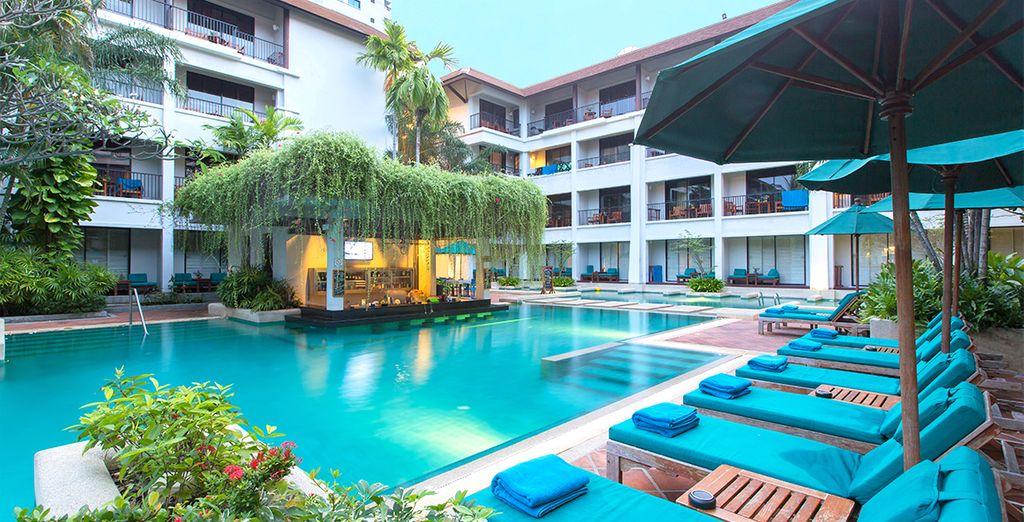 Bienvenue à l'Hôtel Banthai Beach Resort & Spa