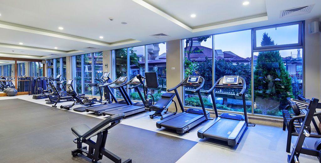 Une salle de fitness est réservée aux sportifs