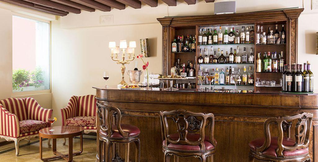 Offrez-vous un verre au bar