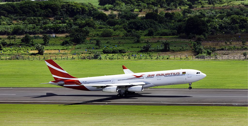 Pour vous rendre sur cette île divine, choisissez un vol direct en classe économique avec Air Mauritius