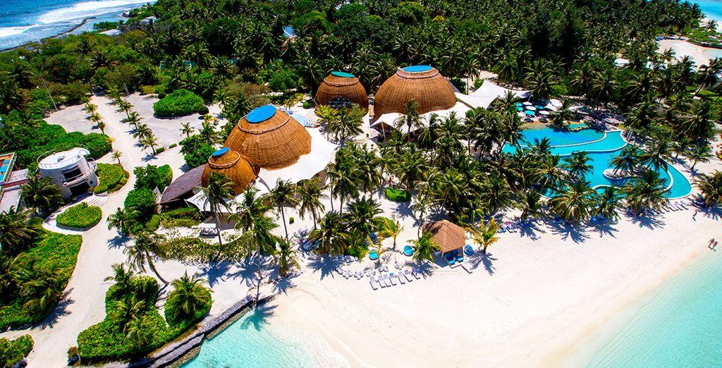 Envolez-vous pour l'Holiday Inn Resort Kandoom 4* Luxe