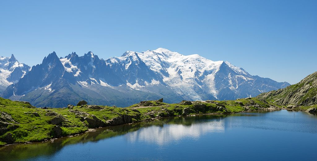 Panorama sur les montagnes de Savoie