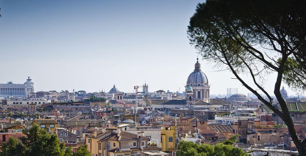 Panorama sur la ville de Rome, capitale de l'Italie